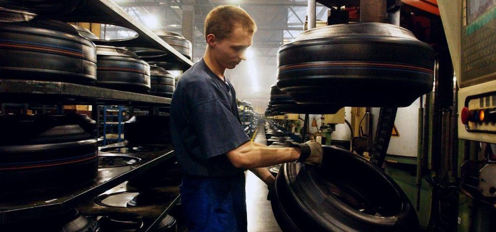 Výroba pneumatik, ilustrační foto