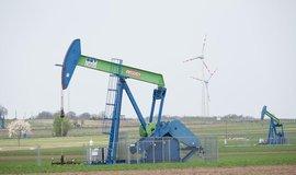 Ropná čerpadla poblíž rakousko-české hranice se díky novým technologiím těžby v brzké době nezastaví