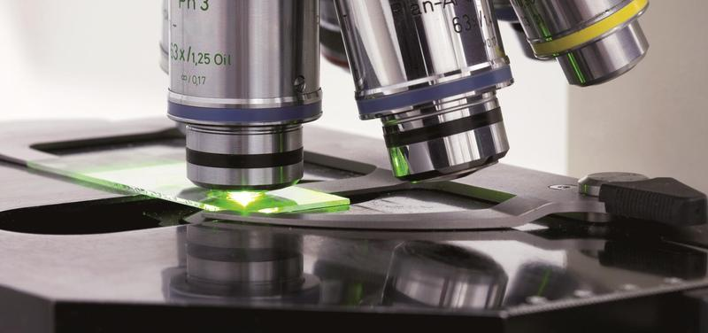 *laboratoř, věda, výzkum, mikroskop