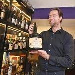 Michael Tretter, spolumajitel Tretter's Gallery Spirits Shop