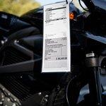 Elektrická motorka LiveWire od Harley-Davidson vyjde na 30 tisíc dolarů. Mladí Američané si ji nemohou dovolit.