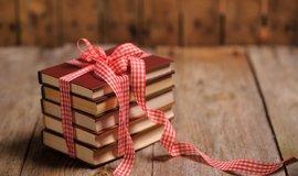 7 tipů na skvělé knižní dárky nejen pod stromeček