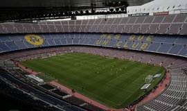 Prázdné ochozy stadionu FC Barcelona