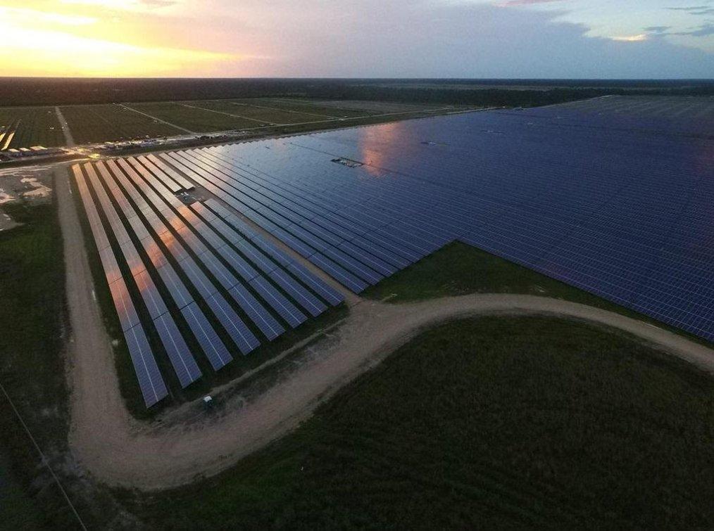 Solární park pro město Babcock Ranch má instalovaný výkon 75 megawattů.