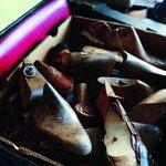 """Opravit se dá skoro všechno, ale u některých nových bot to podle něj skoro nemá smysl. """"Dřív se boty dělaly z kůže a pravého kaučuku. Dnes se používají syntetiky, a to je celé špatně"""