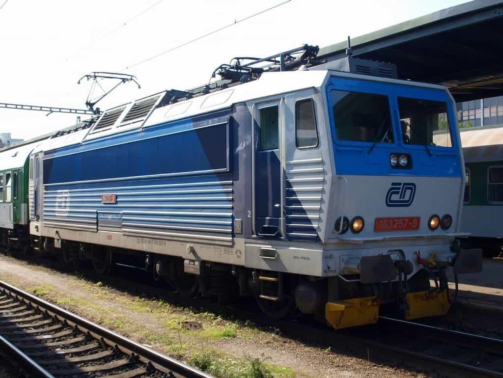 Lokomotiva 163