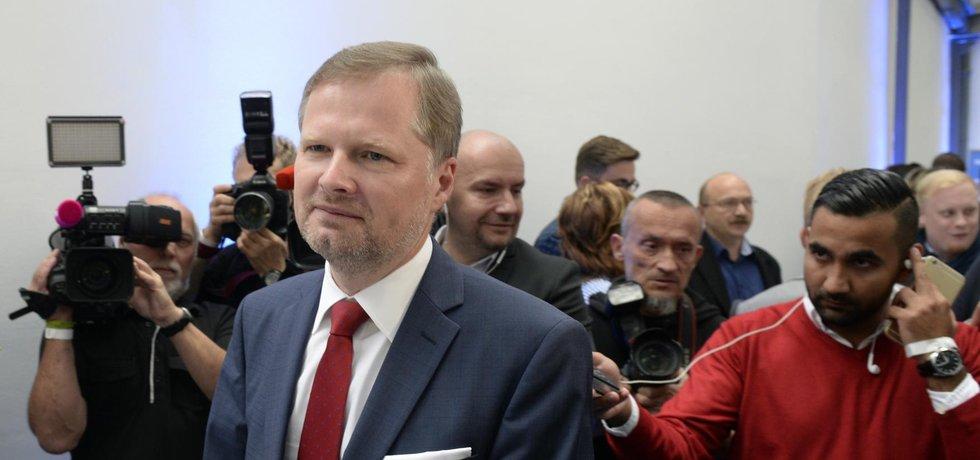 Dle předsedy ODS Petra Fialy se ukazuje, že se ODS vrátila do pozice největší pravicové strany.