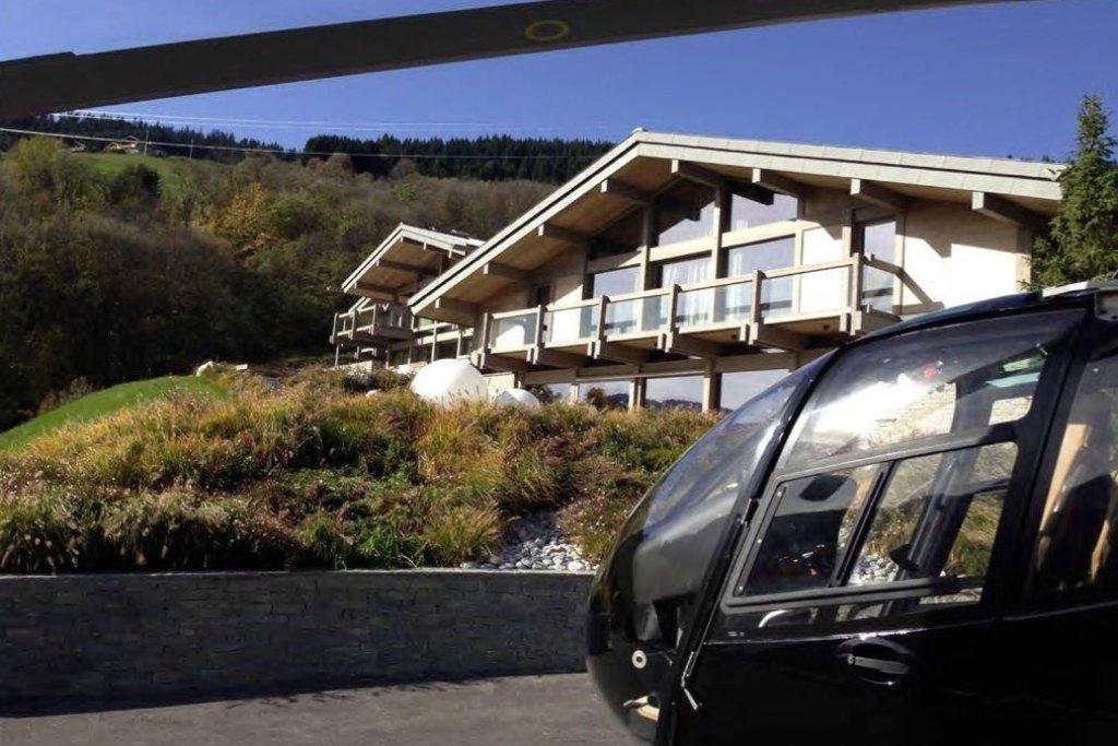 Noví majitelé budou moci s vrtulníkem přistát přímo u budovy