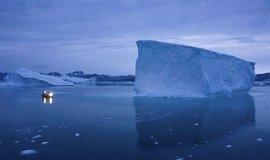 Grónské ledovce tají sedmkrát rychleji než v 90. letech, hrozí zatopení rozsáhlých oblastí