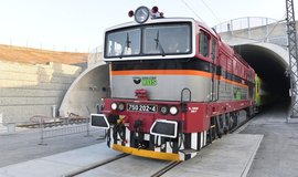 Ejpovický tunel umožní zkrátit cestu vlakem z Prahy do Plzně na 74 minut