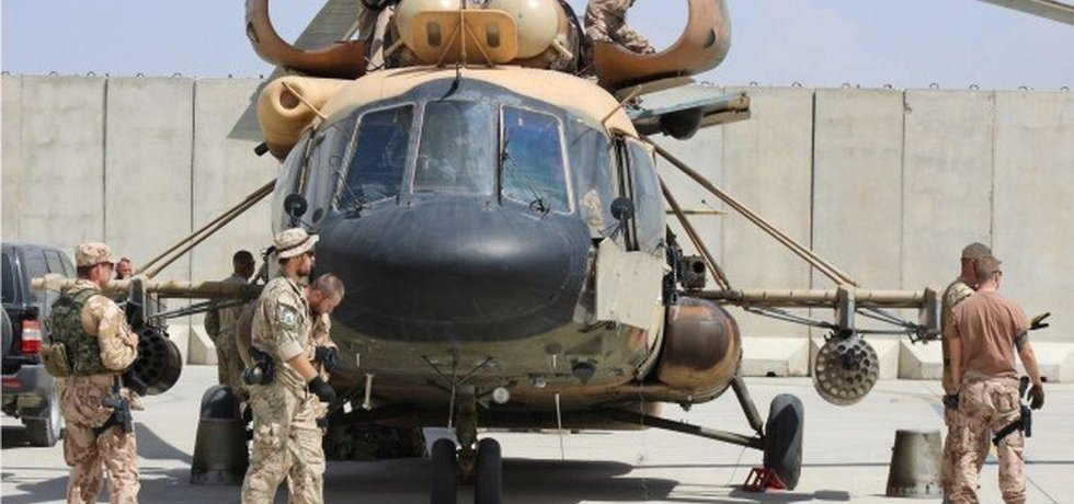 Strážní andělé neustále monitorují činnost leteckých poradců v Afghánistánu (Zdroj: Armáda ČR)