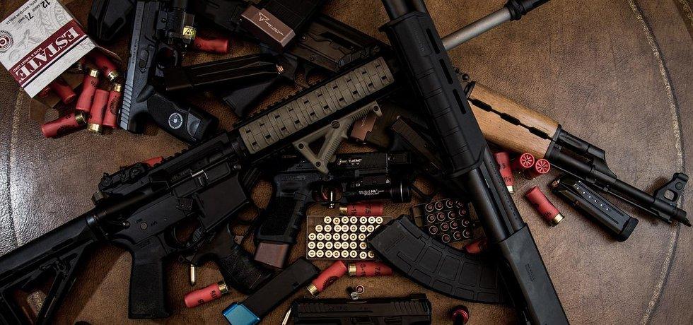 Zbraně, ilustrační foto