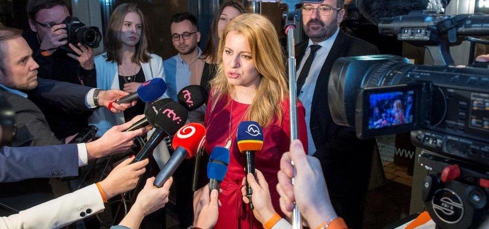 První kolo prezidentských voleb se konalo 16. března 2019 na Slovensku. Na snímku kandidátka na hlavu státu Zuzana Čaputová ve své volební centrále v Bratislavě sleduje výsledky hlasování.
