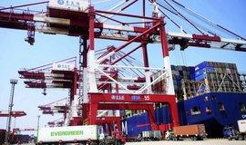 Protekcionismus a nízká produktivita. Světová ekonomika letos vzroste nejméně od finanční krize