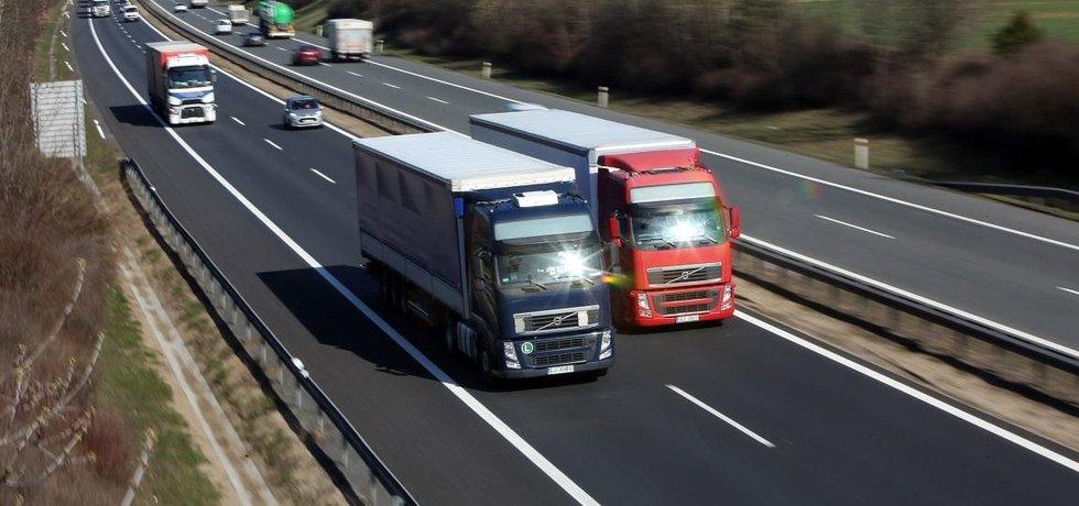 Kamionová doprava - ilustrační foto