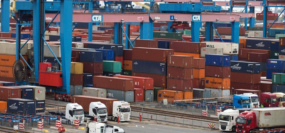 Kontejnery v hamburském přístavu