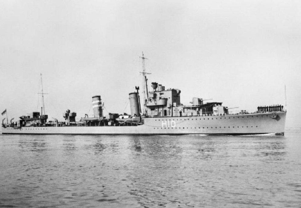Torpédoborec HMS Encounter v roce 1938. Potopen byl v roce 1942.