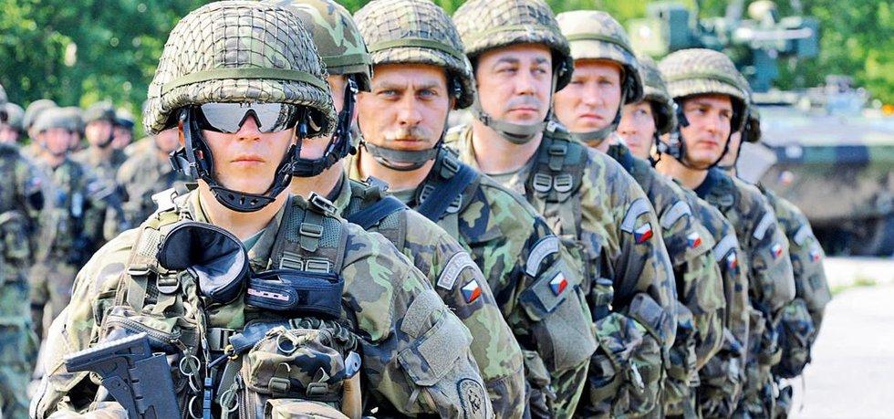 b377f4e6bd9 Novela obranné strategie  nové jednotky a armáda větší o pět tisíc ...
