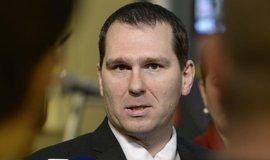 Šéf telekomunikačního úřadu Novák rezignoval. Nahradit ho má Továrková