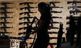 Největším světovým výrobcem zbraní zůstávají USA. Čína se posunula před Rusko
