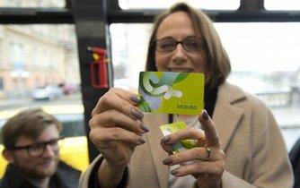 Pražská primátorka Adriana Krnáčová představila 23. února novou kartu pro MHD v Praze, která nahradí opencard a bude se jmenovat Lítačka