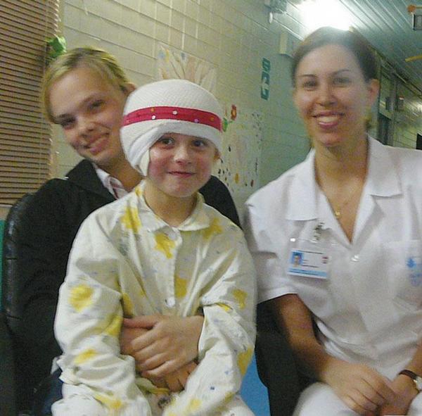 Dobrovolníci na oddělení dětských popálenin a rekonstrukční chirurgie