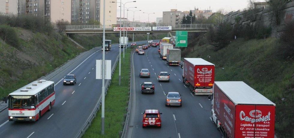 Hustý provoz ve Spořilovské