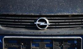 Značka vozu Opel, ilustrační foto