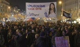 Demonstrace proti Andreji Babišovi na Václavském náměstí v Praze