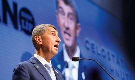 Předseda ANO Andrej Babiš na sněmu strany