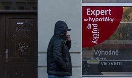 V Česku se rozmáhá hypoteční přeběhlictví. Bankám hrozí miliardové ztráty