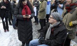 Ministryně práce a sociálních věcí Michaela Marksová (ČSSD) během setkání s aktivisty z kampaně Mít svůj domov.