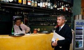 Andrej Babiš v restauraci Magická zahrada