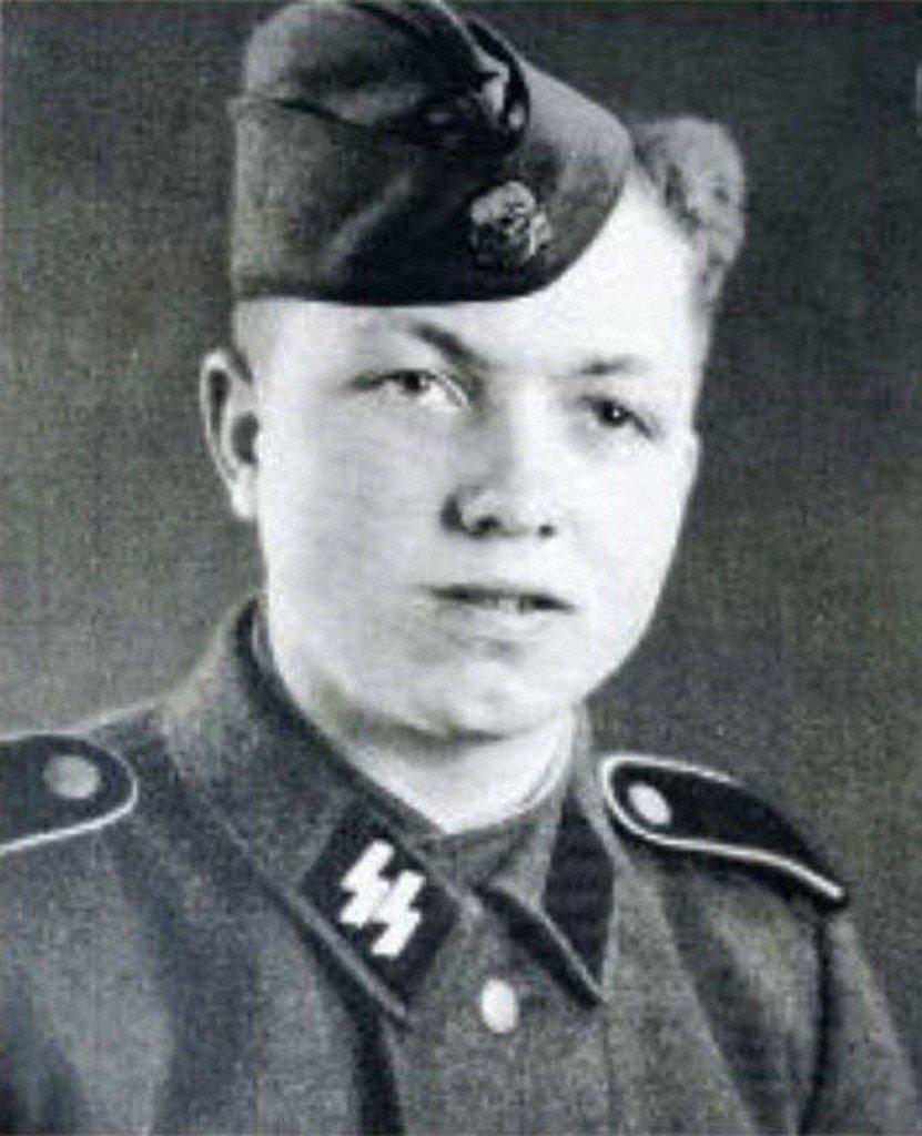 Na člena oddílů SS Heinricha Steinmeyera ve skotském městečku Comrie dodnes vzpomínají jako na strýčka Heinricha