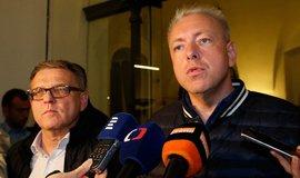 Lubomír Zaorálek a Milan Chovanec po  jednání s hnutím ANO, ilustrační foto