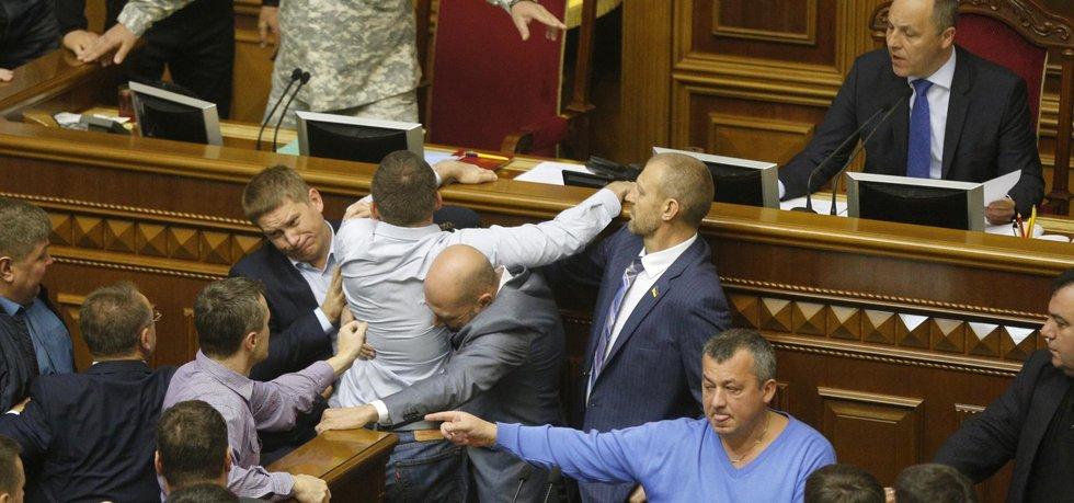 Strkanice mezi ukrajinskými poslanci