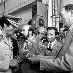 Kaddáfí sleduje. Podnik Aero Vodochody přivítal 21. srpna libyjského vůdce Miammara Kaddáfího, ukázali mu stroj L-39.
