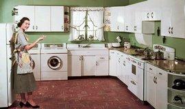 V domácnosti uprostřed 40 bychom našli v zásadě všechno, na co jsme zvyklí