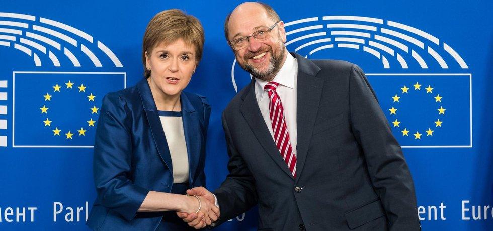 Schulz a Sturgeonová (Zdroj: ČTK)