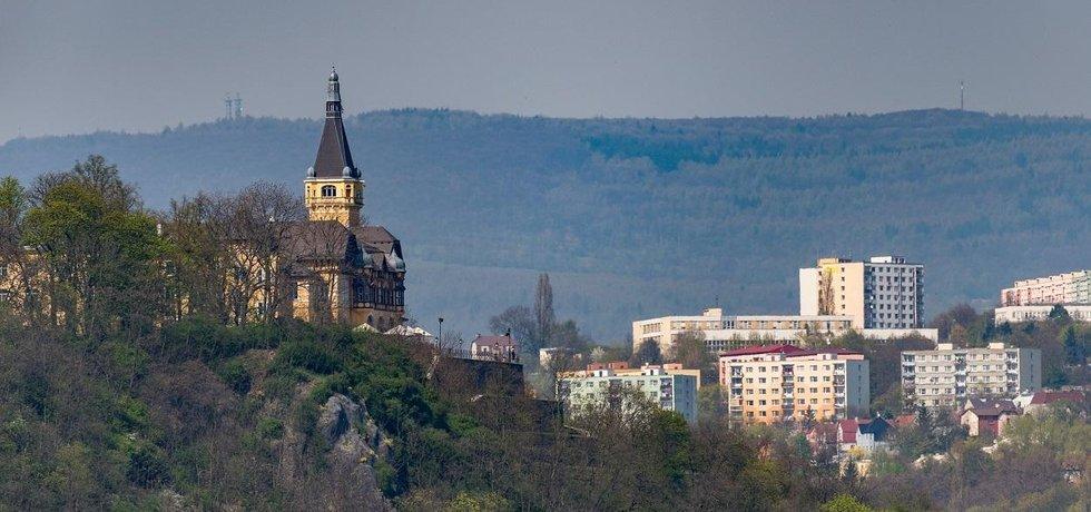 Šestina Prahy. Ústí je z krajských měst stále nejlevnější. Metr čtvereční bytu vyjde v průměru na méně než 12 tisíc korun.