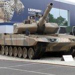 Exportní trhák. Německý tank Leopard 2 slouží například v Chile, Kataru, Izraeli, v Turecku. Byl nasazen v severní Sýrii během turecké operace proti Islámskému státu, která trvala od srpna 2016 do konce března 2017.