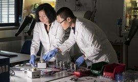 Jak nahradit drahé lithium? V Německu zkoušejí baterie s vápníkem