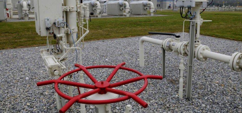 Rakousko je poslední sousední zemí, s níž Česko není spojeno plynovodem. Situace se změní nejdříve v roce 2021 a ani to není jisté.