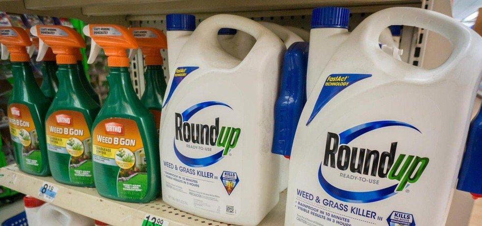 Round Up - kontroverzní produkt americké firmy Monsanto