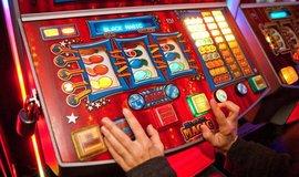 Potíže s hazardem a závislostí má až 164 tisíc lidí. Patologických hráčů je 60 tisíc