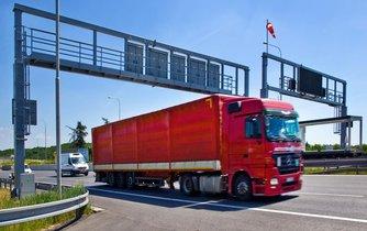 Kamionová nákladní přeprava (ilustrační foto)