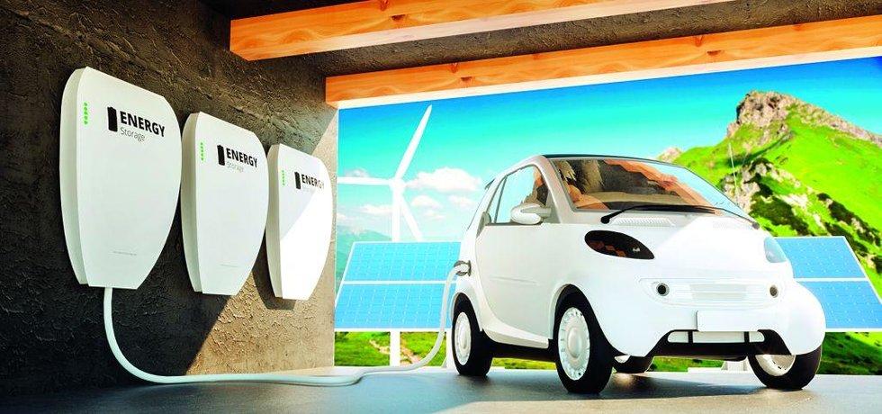 Přebytečnou elektřinu z baterie je možné využít třeba k nabití elektromobilu, nebo ji prodat zpět do sítě.