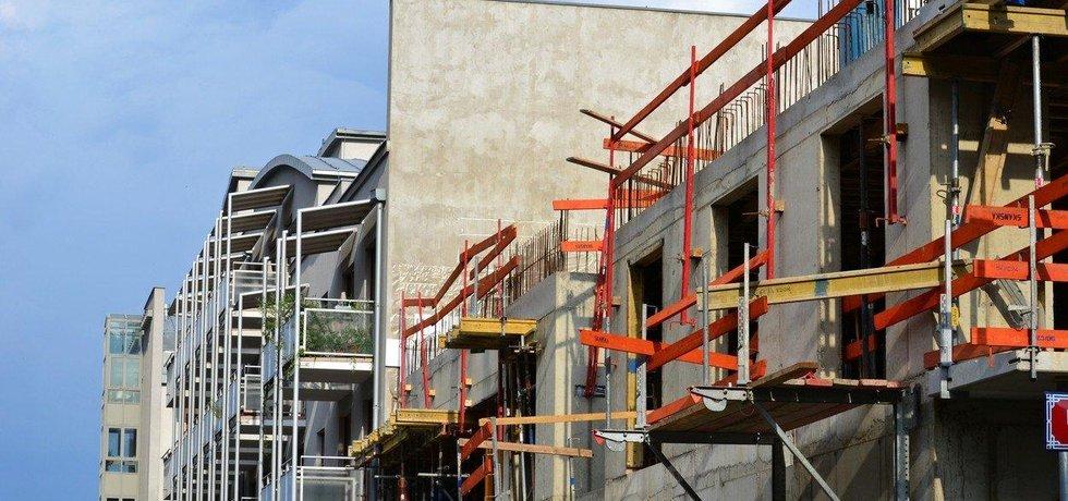Největší podíl zahájených staveb bytových domů (34,3 procenta) připadal na Prahu, ilustrační foto