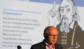 Ivanu Pilnému k uspokojení učitelů chybí pět miliard