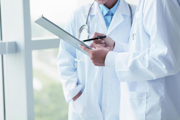 lékaři, dokumentace